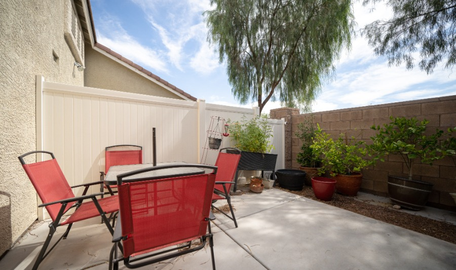 5387 Sand Dollar | Backyard