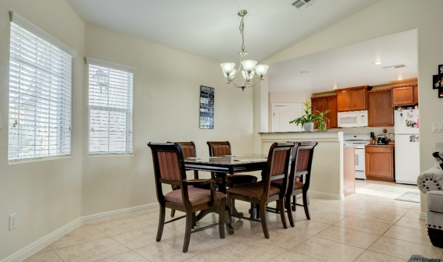 5387 Sand Dollar | Dining Room